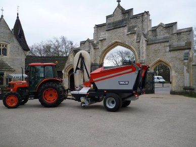Trilo cleans up for City of London Cemetery